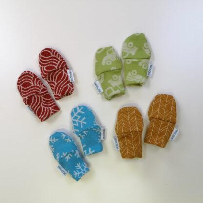 Novorodenecké merino rukavičky vzorované