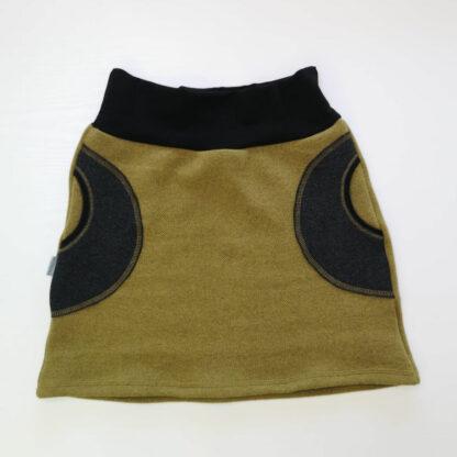 Hrubá dámska merino sukňa s vreckami