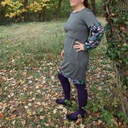designové merino šaty
