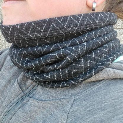 Teplý zimný nákrčník z vlny
