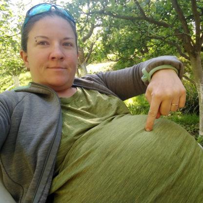Pohodlné tričko z merina aj pre tehotné