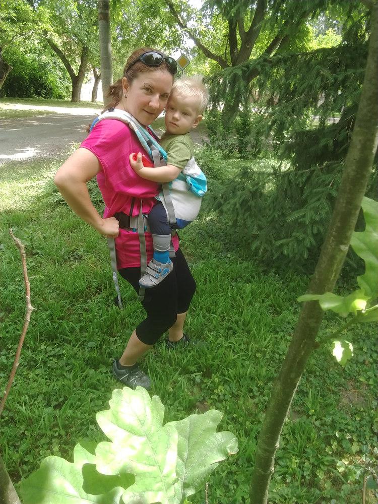 ergo nosenie deti v lete
