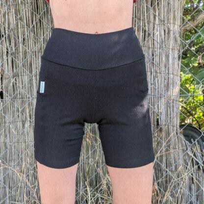 Krátke nohavice z merino vlny na šport