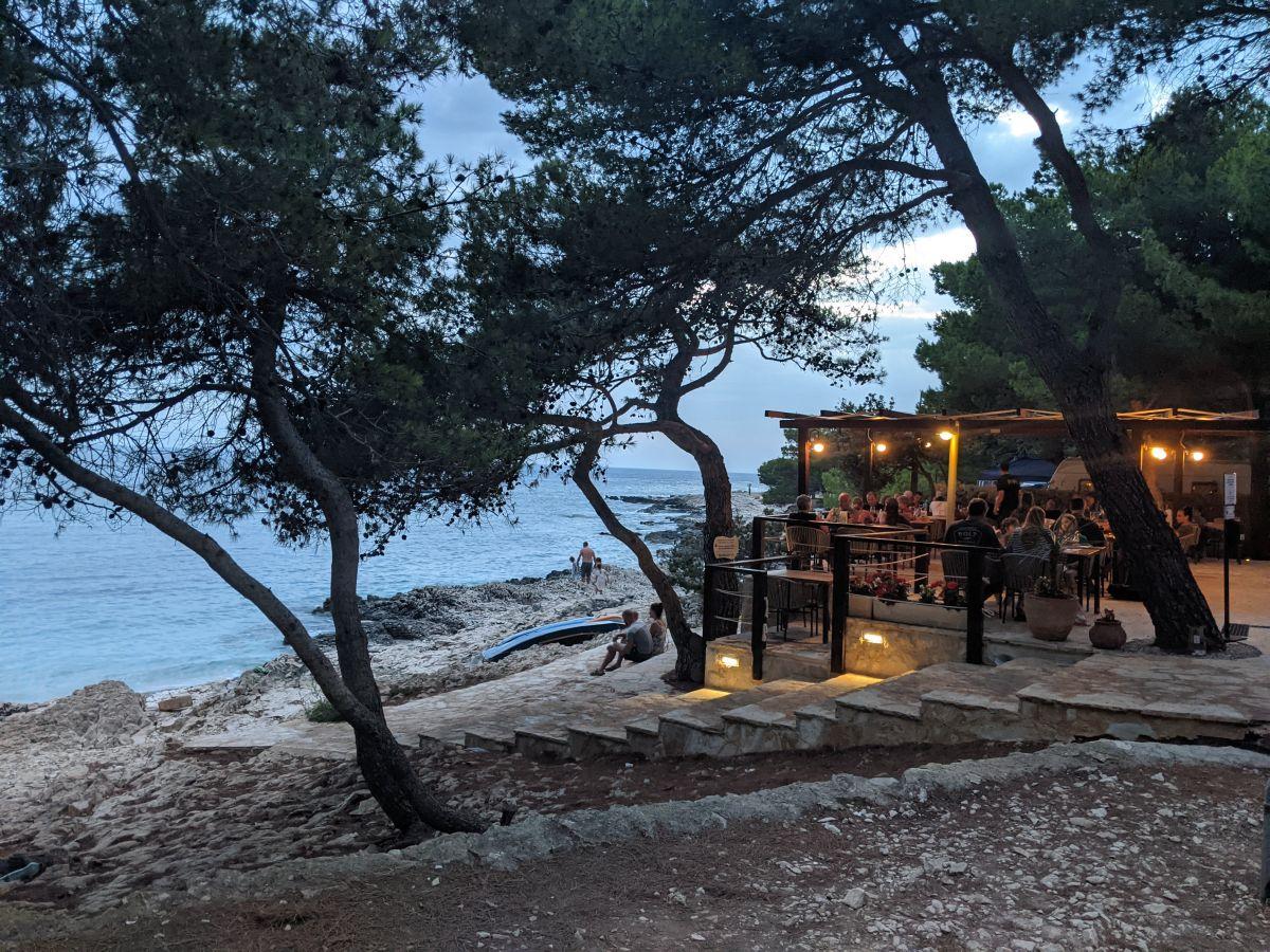 Chorvátsko - Dugi Otok - kemp Kargita